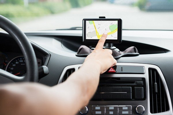 using GPS while driving