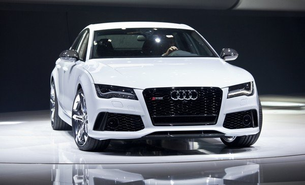 Car in white colour front look