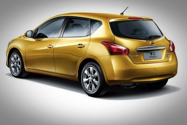 Car in gold colour rear look