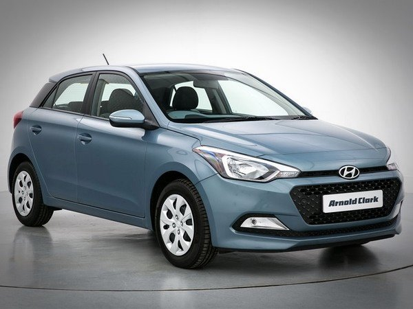 best used cars in India Hyundai i20 front look blue