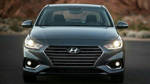 Hyundai Xcent 2018 front black
