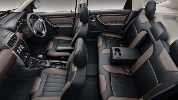 2017 Nissan Terrano's cabin, downward view