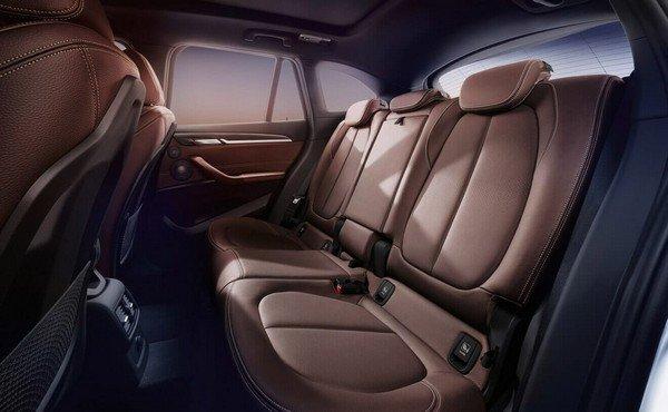 BMV X1 interior backseat