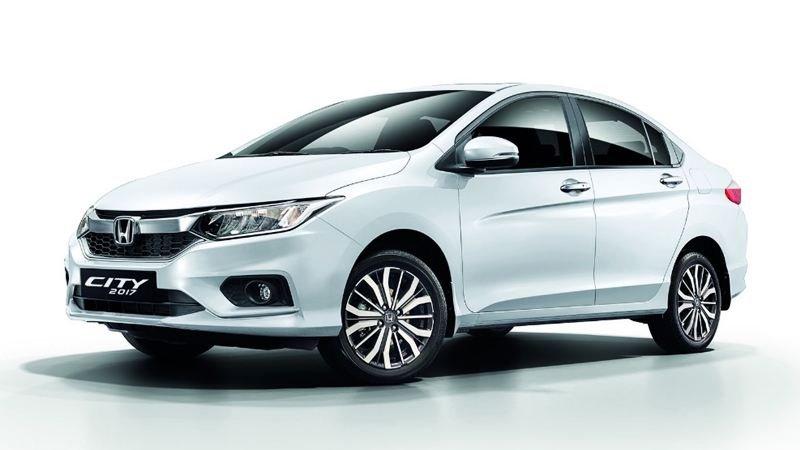 Honda City 2018 Exterior white colour front look