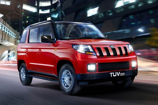 Mahindra TUV300 SUV black and red