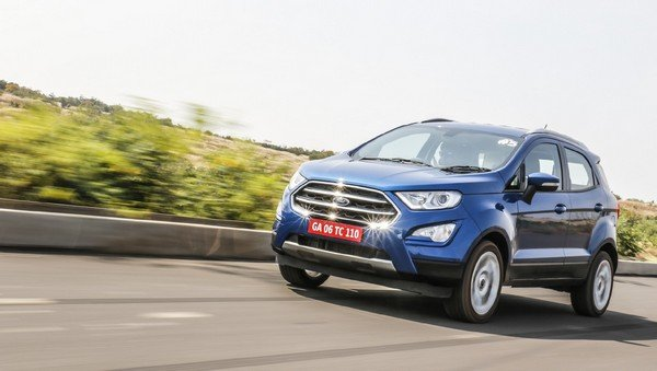 Ford EcoSport driving on road