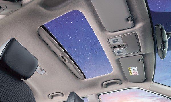 Hyundai Creta sunroof open at night