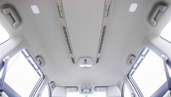 Mahindra Marazzo roof-mounted AC vent