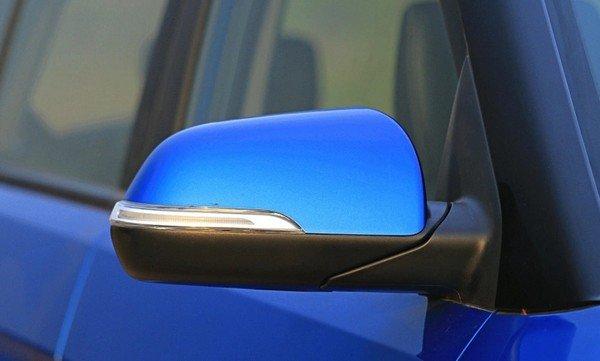 Hyundai Creta E+ ORVMs blue colour