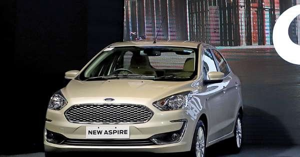 2018 Ford Aspire silver colour in the show room