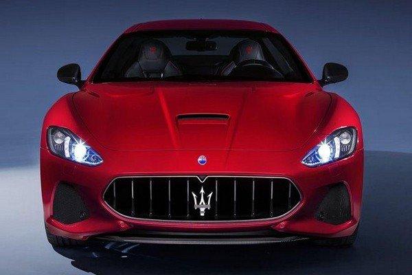 Maserati GranTurismo red colour, front angular look