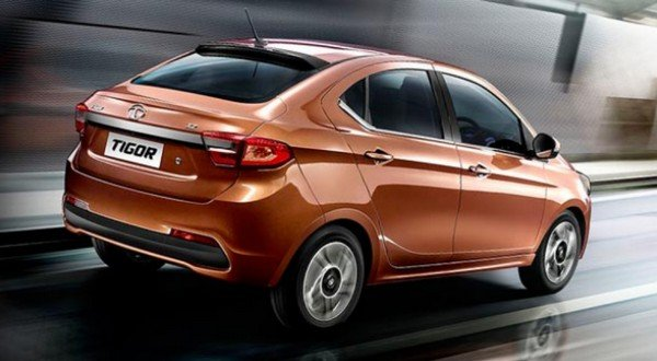 2018 Tata Tigor running on the road