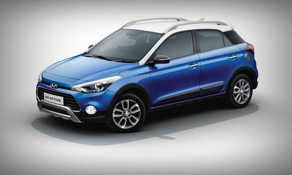 2018 Hyundai i20 Active, blue colour, right front side