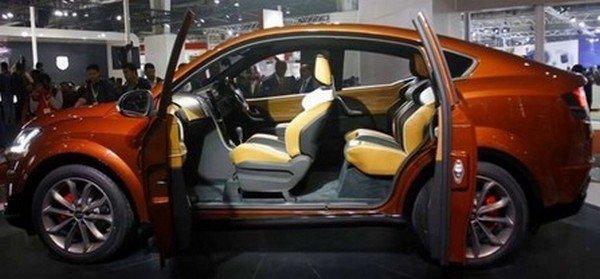 2019 Hyundai Carlino with doors open