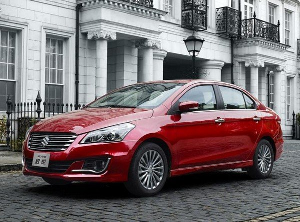 Maruti Ciaz red color parking on road