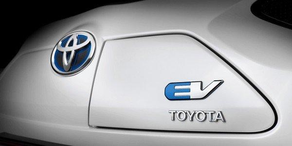 Toyota EV badge
