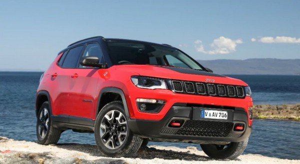 Jeep Compass Trailhawk red colour exterior