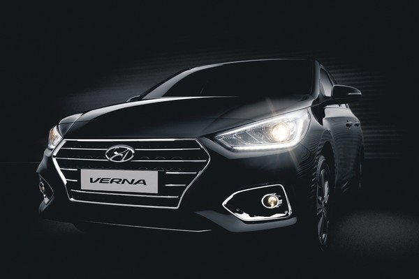 Hyundai Verna black front view