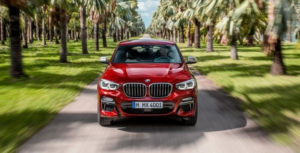 2019 BMW X4, Red colour, front angular look