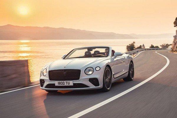 2019 Bentley GTC, Front Angular Look