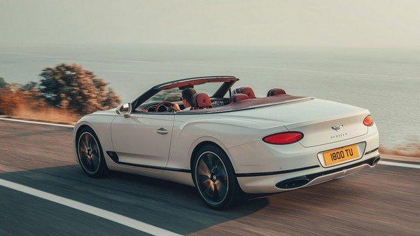 2019 Bentley Convertible, Rear Angular Look