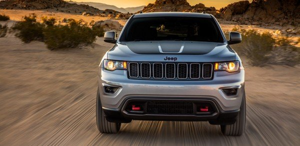 Jeep Grand Cherokee front look