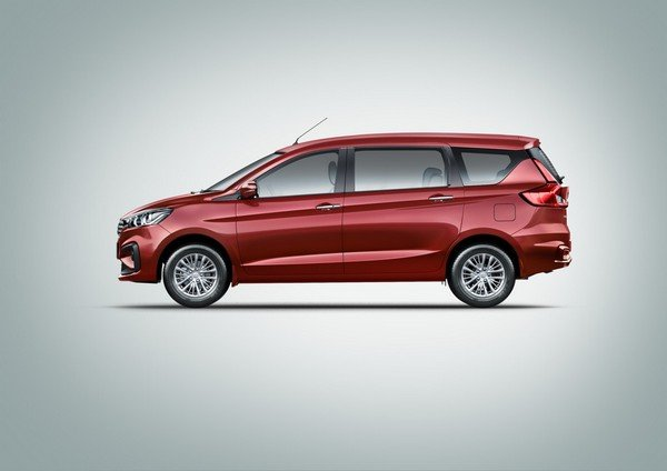Maruti Ertiga red color side look
