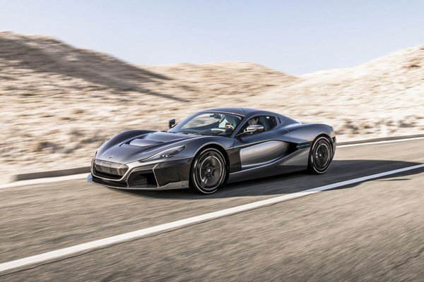 Rimac C_Two on road