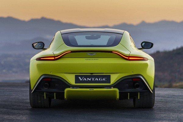 Aston Martin Vantage, rear angular look