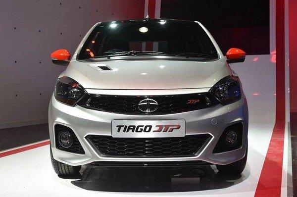 Tata Tiago JTP, front angular look