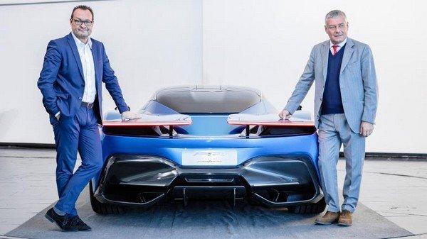 Pininfarina Battista blue colour between two men