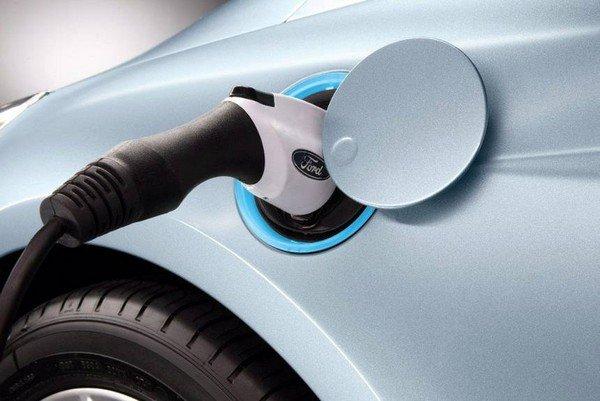 EV Charging Port, Ford Car
