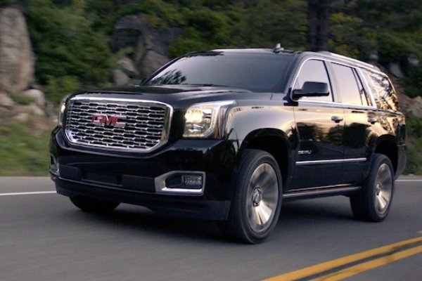 Vin Diesel's GMC Yukon black right angular look