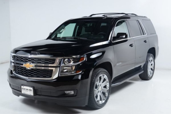 Chevrolet Tahoe black angular look
