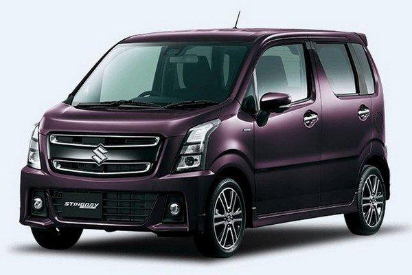 MAruti Suzuki car purple color from right to left