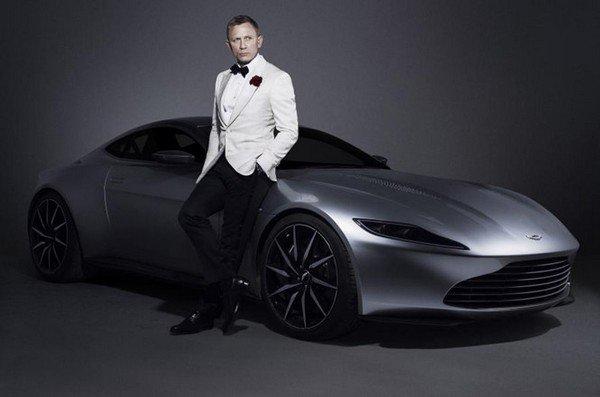 Aston Martin DB10, Front look