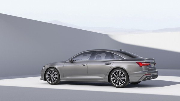 Audi A6 2019 grey color side look