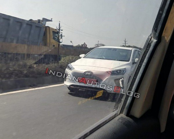 Hyundai Ioniq EV white front spied