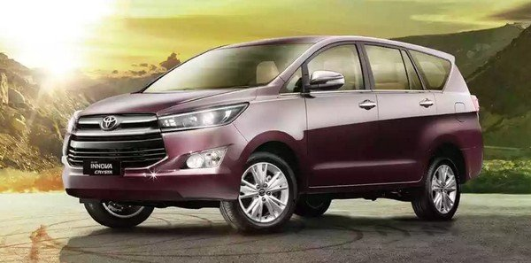 Toyota Innova Crysta brown angular right