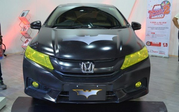 Honda City Batman, Front View