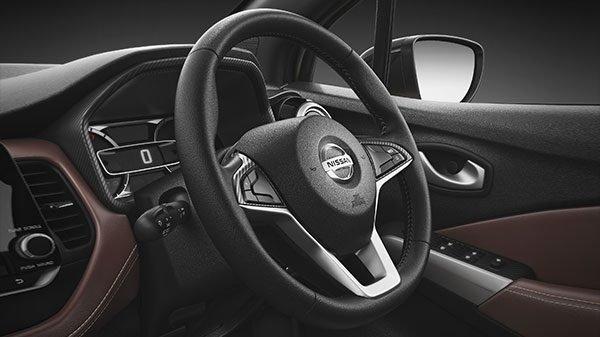 2019 Nissan Kicks steering wheels