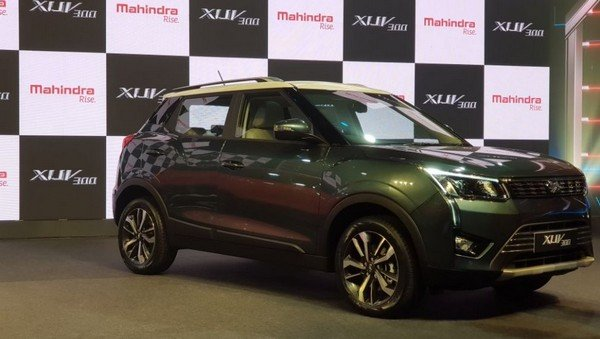 Mahindra XUV300 side look at show room