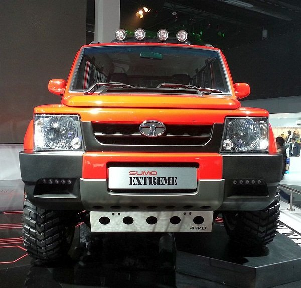 tata sumo extreme concept, orange colour, front view