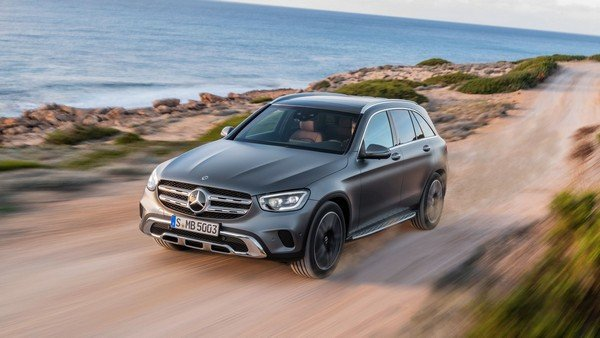 2019 Mercesdes-Bens GLC facelift in action