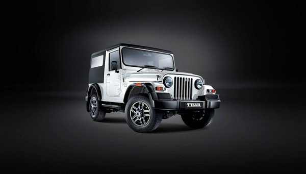 Mahindra Thar white color three quater angle