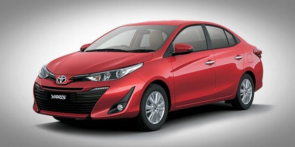 Toyota Yaris red color front look