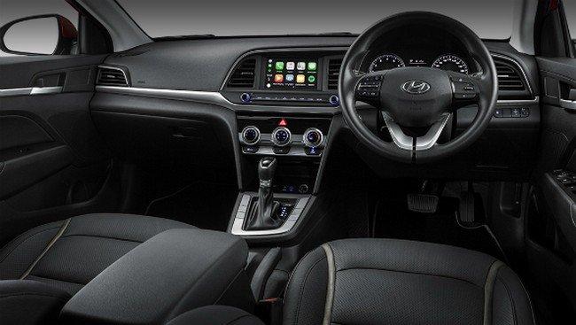 2019 Hyundai Elantra dashboard