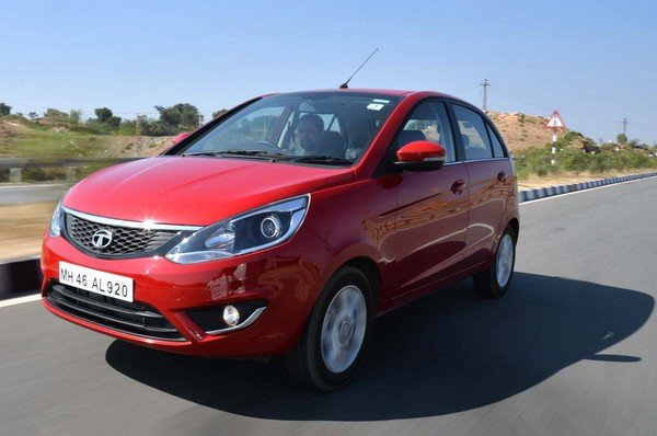 tata bolt red front angle