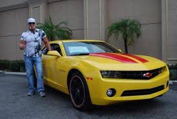 hulk hogan chevrolet camaro yellow front angle