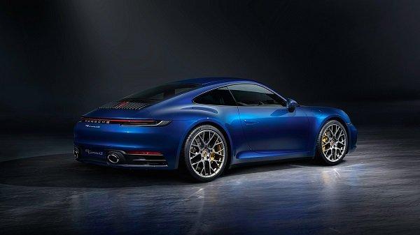 2019 porsche 911 carrera 4s v3